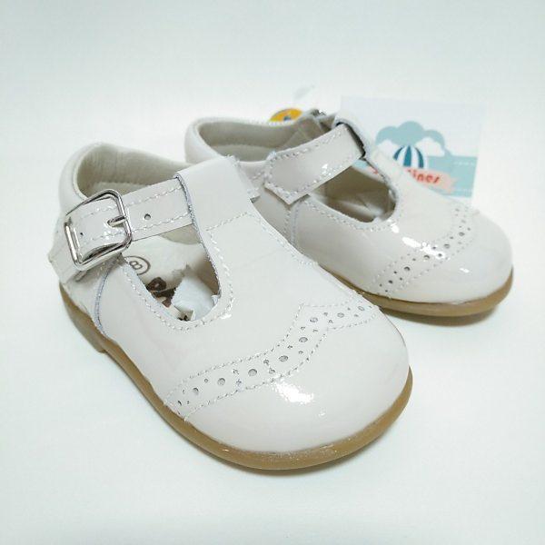 Zapato ceremonia para niño en charol beige