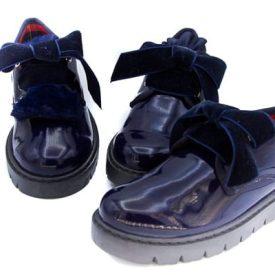 Zapatos Charol Marino Niña con cordones y lengüeta Titanitos