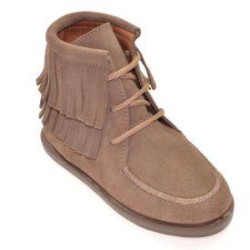 botas tipo mohicana en color taupe con cierre de cordones marca Chuches
